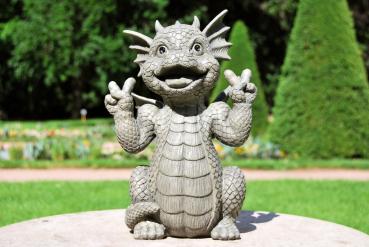 Gartenfigur Gartendrache - Modell Peace - Fantasy Figur Deko Drache Gartendeko