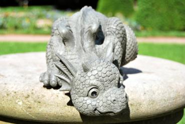 Gartenfigur Gartendrache - Modell Dragony - Fantasy Figur Deko Drache Gartendeko