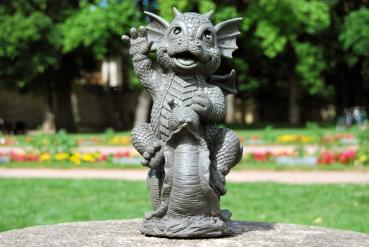 Gartenfigur Gartendrache - Modell Schneckenreiter - Fantasy Figur Deko Drache Gartendeko