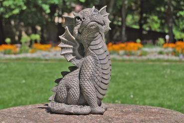 Gartenfigur Gartendrache - Modell Himmelblick - Fantasy Figur Deko Drache Garten