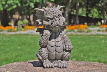 Gartenfigur Gartendrache - Modell Denker - Fantasy Figur Deko Drache Gartendeko