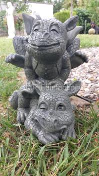Gartenfigur Gartendrache - Modell Bocksprung - Fantasy Figur Deko Drache Garten